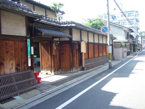 http://kyotobase.com/images/gallery/jinya.jpg